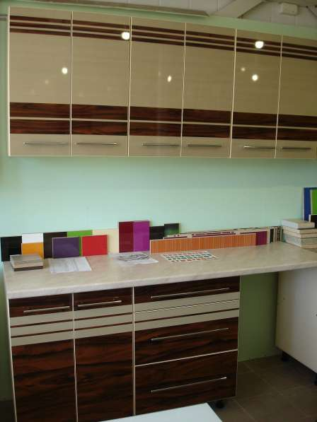 Распродажа Напольный шкаф кухонный 70см с тремя шуфлядами в фото 9