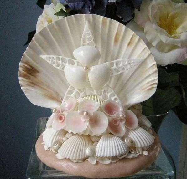 Сувениры в асортименте из морских раковин
