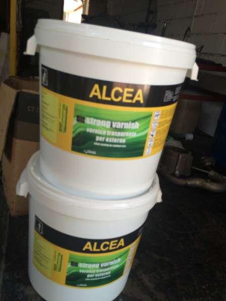 Лак Alcea Strong Varnish для работ по дереву и металлу