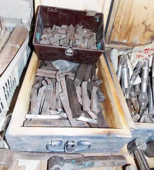 Режущий Инструменты с хранения закрытие склада в Саратове фото 9