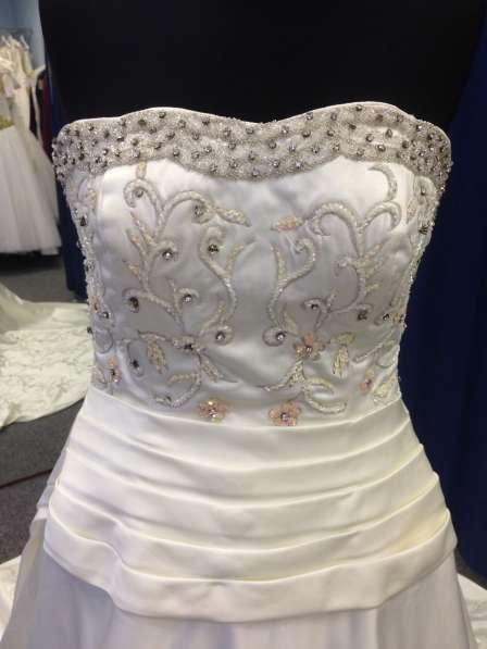 Авторское свадебное платье ручной работы