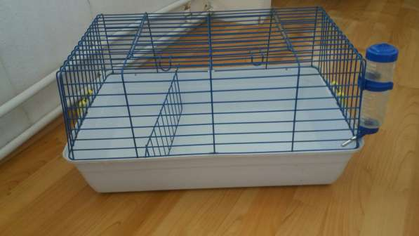 Клетка для домашних питомцев