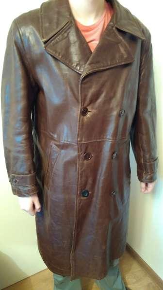Офицерское кожаное пальто