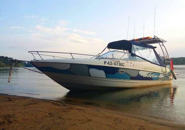 Катер Bayliner 2352 Capri