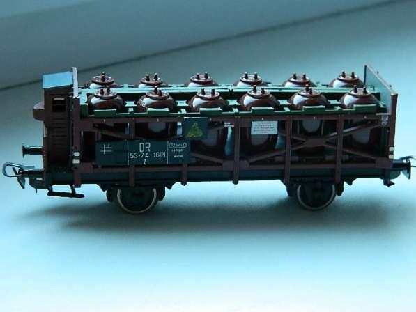 Платформа с резервуарами к детской железной дороге PIKO