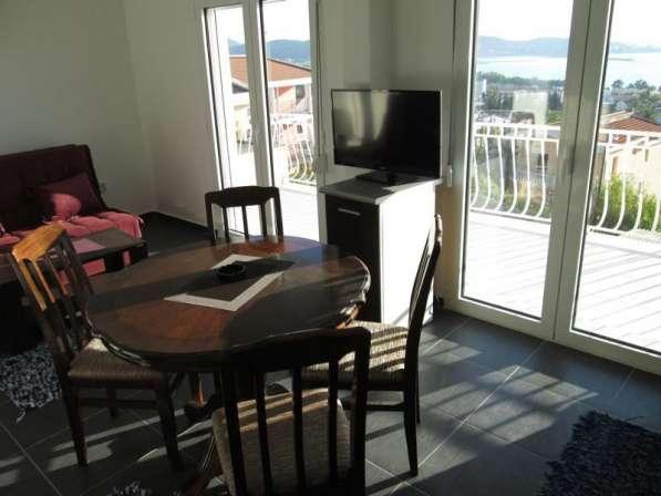 Люкс апартамент на 7 человек с видом на море в фото 9
