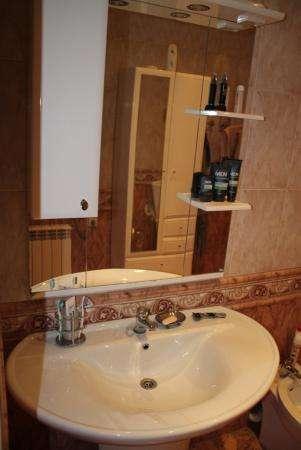 Меняю элитный дом в Севастополе на недвижимость в др. странах в Симферополе фото 10