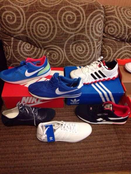 Продам новые кроссовки