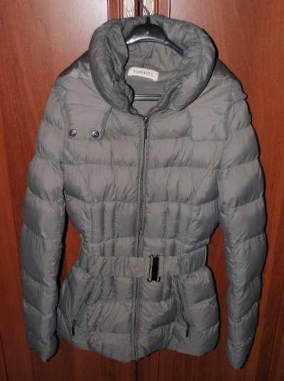 Куртка новая с капюшоном CAMAIEU новая (