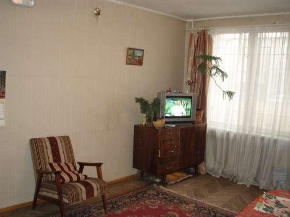 2 к. квартира у метро Ломоносовская