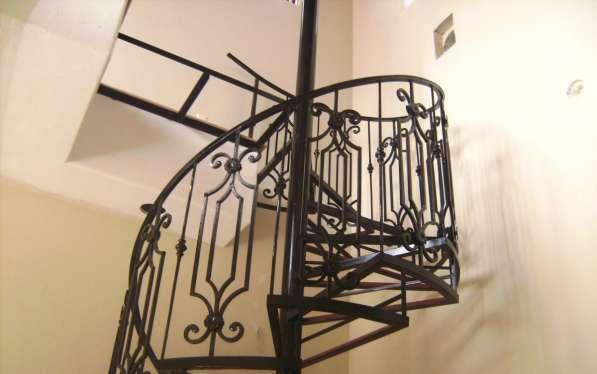 Кованые перила и кованые лестницы в Воронеже фото 6