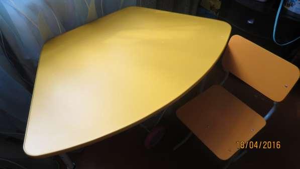 Стол письменный для дошкольника