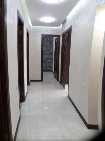 В центре Еревана, недалеко от университета, 3 комнаты в фото 15