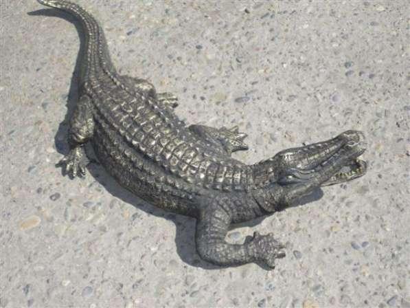Крокодил бронзовый