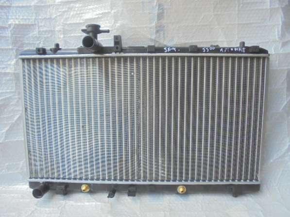 Радиатор охлаждения на suzuki sx4