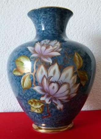Royal. Bavaria.Шикарная ваза 24cм.Магнолии.