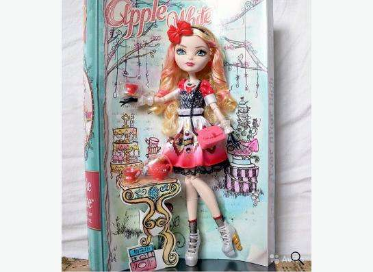 Кукла Matell Ever After High Эйпл Вайт (в упаковке)