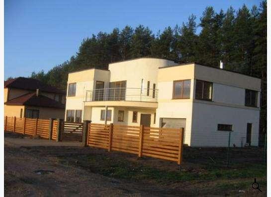 Дом бетонный монолит, 130 кв.м., 10 сот.