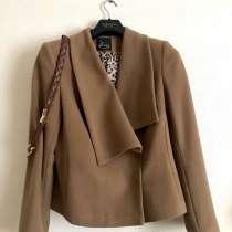 Пальто женское, в Королёве