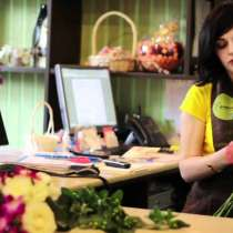 Требуется флорист в цветочный салон, с опытом работы, в г.Бишкек