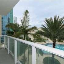 Угловая квартира в Майами с красивым видом, в г.Майами