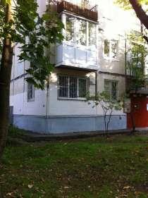 Продаётся квартира рядом с метро недорого, в Санкт-Петербурге