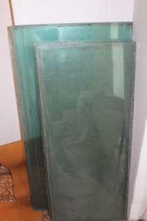 Стекла 1,10Х 0,53, метр. 5 шт., 1,0Х 0, 47 м., 15 штук, в Томске