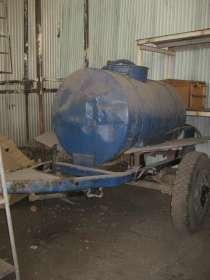 Продам емкость 2000 литров на колесном шасси, в Новосибирске