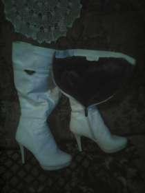 Продам сапоги женские в отличном состаянии, в Красноярске