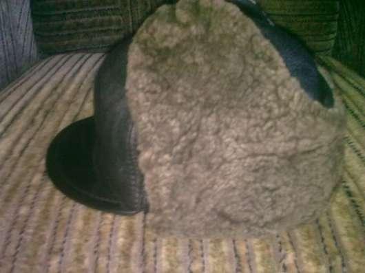 Продается кожаная шапка мех натуральный