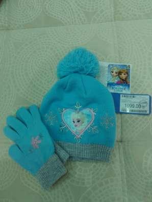 Продам комплект из 2 вещей: шапка+перчатки