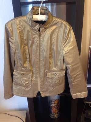Куртка весенне- летняя золотистого цвета