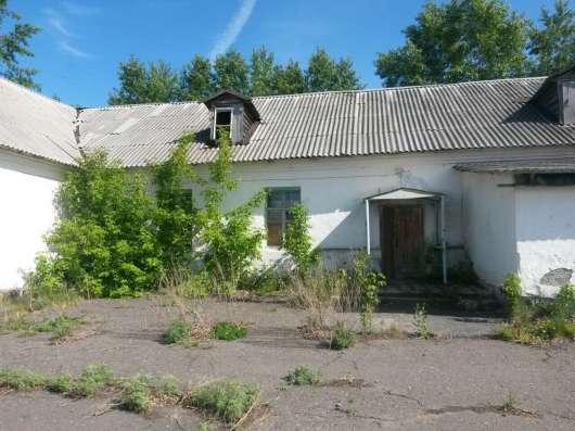 Нежилое здание общ. площ. 353 кв. м. земельный участок в г. Куйбышев Фото 1