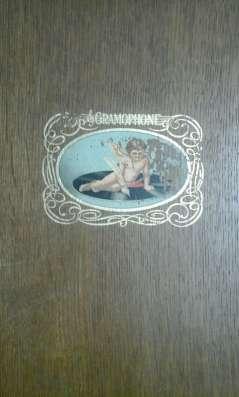 Граммофон в тумбе