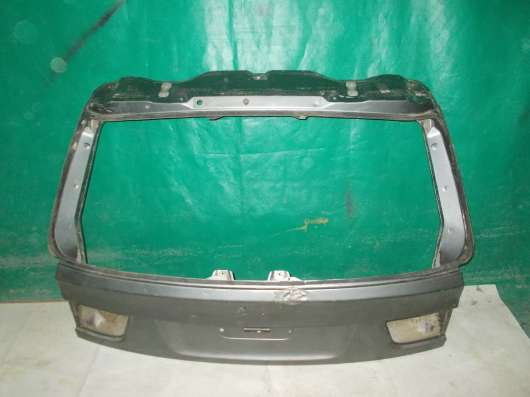 Крышка багажника на BMW X5 E70 б. у. оригинал