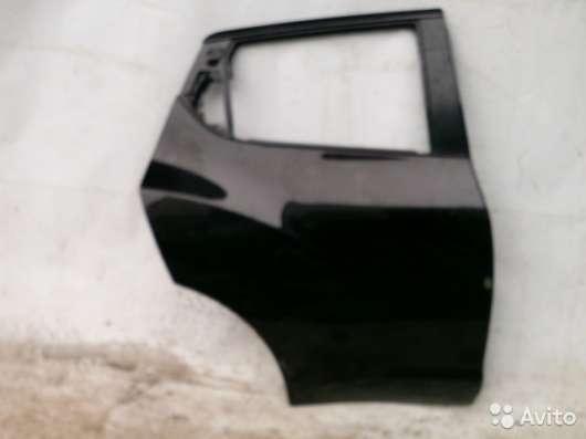 Дверь задняя правая на Nissan Juke F15
