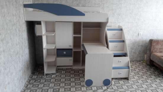 Детский комплекс, уголок, кровать, стол