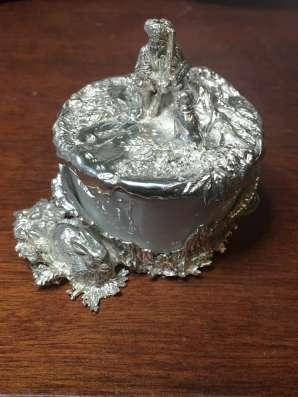 Солонка (фарфор, серебро)