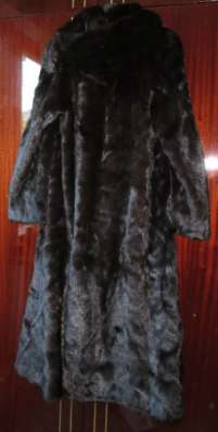 шубу норка р.44-46,с капюшоном