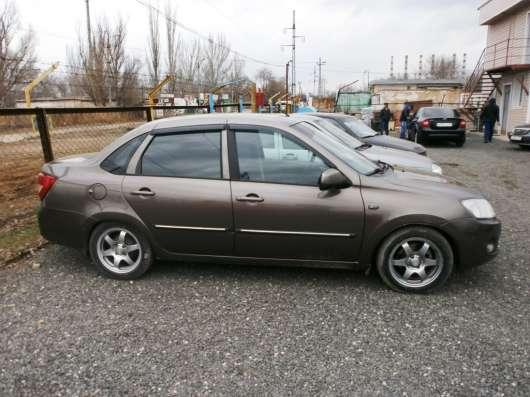 Продажа авто, ВАЗ (Lada), Granta, Автомат с пробегом 62000 км, в Волжский Фото 1