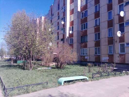 Продам 2 комнатную квартиру 13 км от кольцевой по дор. жизни