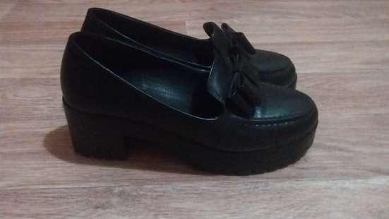 Обувь красивый, удобный