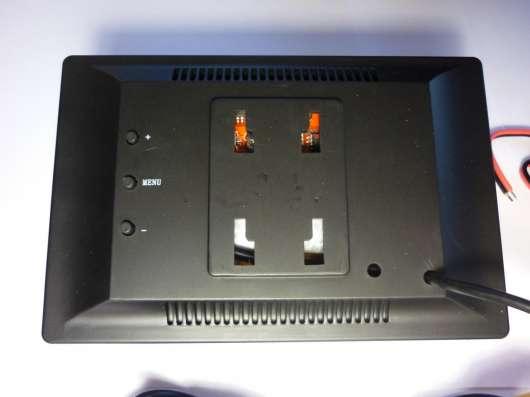 Монитор 5 дюймов с двумя кронштейнами