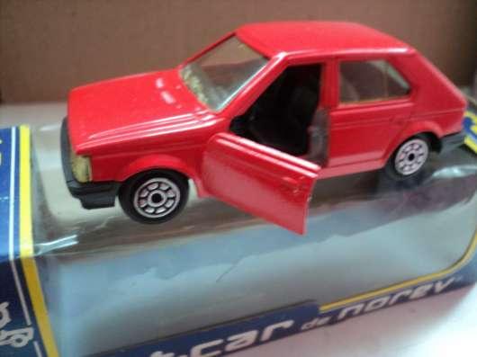 Масштабная модель автомобиля Симка