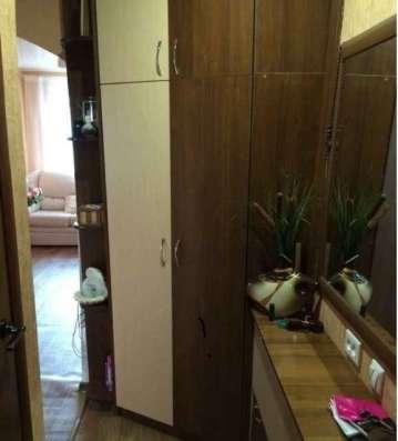Продаю 2-х комнатную квартиру в центре города, с мебелью