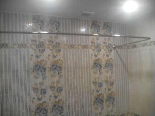 Карнизы, штанги, перекладины для шторки в ванную в Краснодаре Фото 2