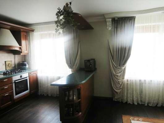 Продаю 2-комнатную квартиру на Входной, 36