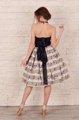 Платье с карсетом и пышной юбкой в г. Харьков Фото 2