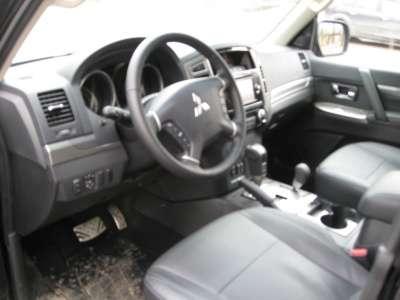 новый автомобиль Mitsubishi паджеро 4, цена 2 250 000 руб.,в Северске Фото 3