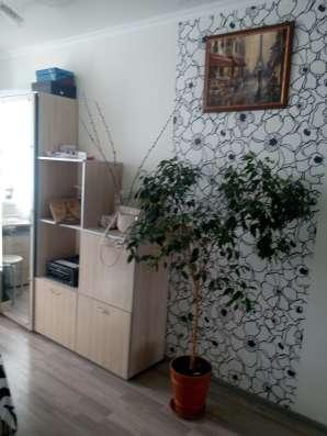 Продам 2 комнатную квартиру на Молодых строителей, ремонт
